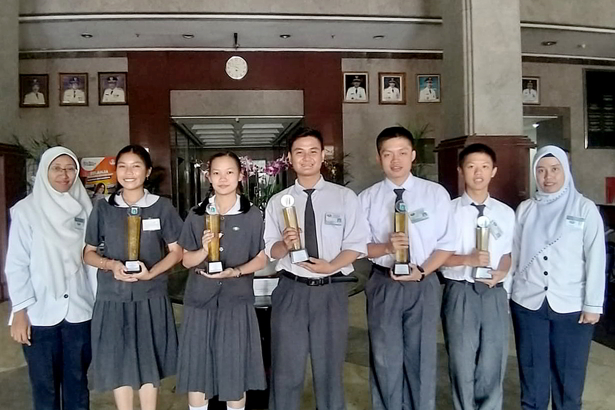 Sekolah yang Bergelimang Prestasi